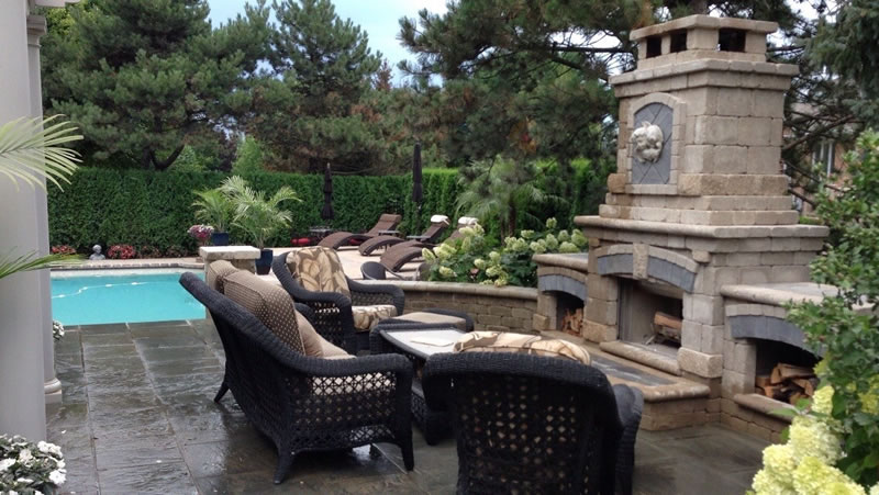 Outdoor Living Spaces - Natural Stone Pavers