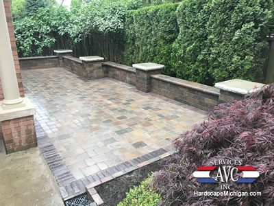 Birmingham, MI: 3 Reasons Why a Brick Paver Patio is Ideal for Older Homes - AVC Hardscape Michigan